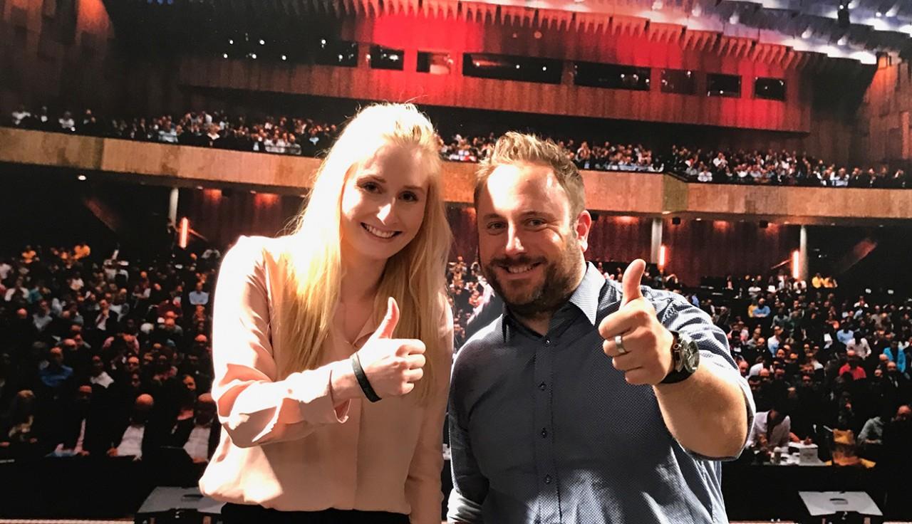 Nina und Thorsten von basta!media auf der Vertriebsoffensive von Dirk Kreuter in Dortmund